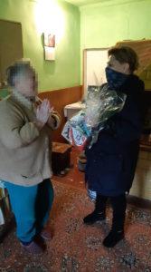 Wręczenie prezentów osobom starszym